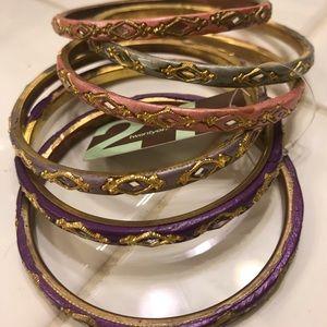Jewelry - Bracelet - set of six